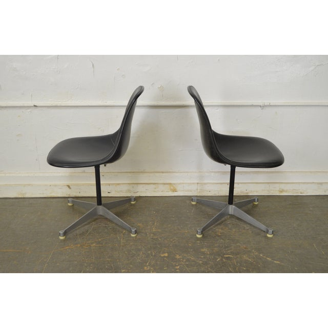 Herman Miller Set of 4 Mid Century Modern Eames PSC Chairs - Image 10 of 13