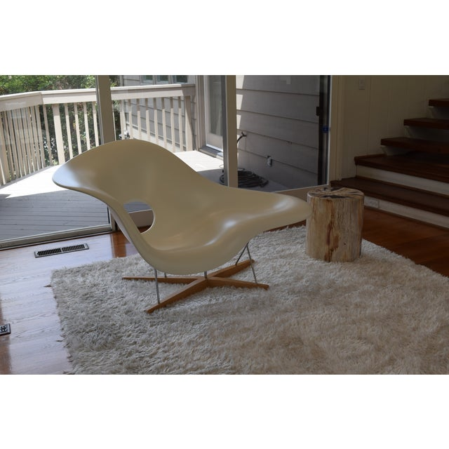 This is an authentic La Chaise designed by Charles and Ray Eames, produced by Vitra. This gorgeous piece of furniture...