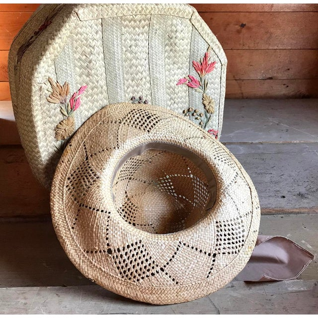 1970s Straw Hat and Woven Hat Box, Boho Fashion For Sale - Image 5 of 10