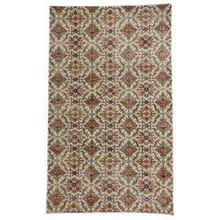 Vintage Mid-Century Turkish Sivas Rug - 5′7″ × 9′1″ For Sale