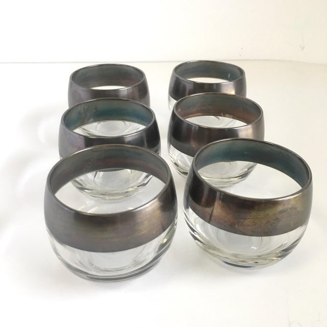 Art Deco Mid Century Dorothy Thorpe Roly Poly Glasses & Pitcher Set of 7 For Sale - Image 3 of 6