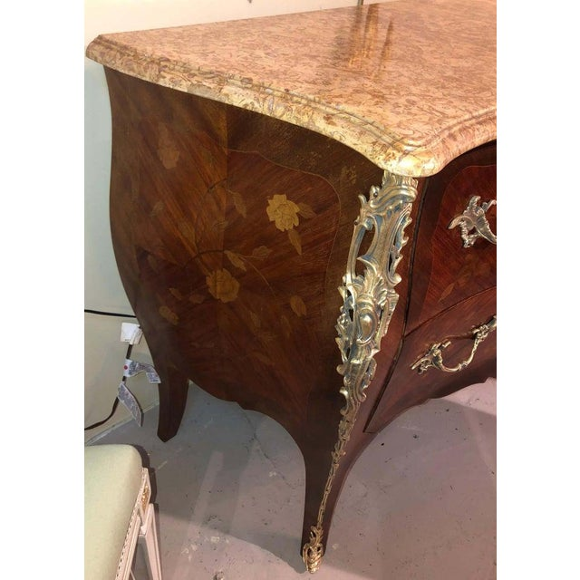 Bronze Pair of Louis XV Style Bombe Bronze Mounted Commodes, Nightstands or Chests For Sale - Image 8 of 13