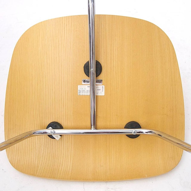 Mid-Century Modern Many Charles Eames DCM Bent Plywood & Steel Chairs for Herman Miller White Ash For Sale - Image 3 of 7