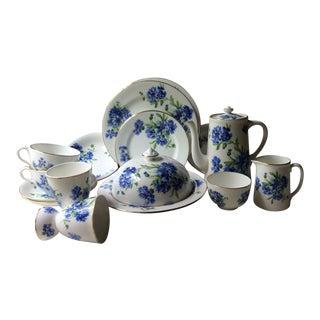 "Hammersley ""Cornflower Blue"" Vintage English Bone China Breakfast Set For Sale"