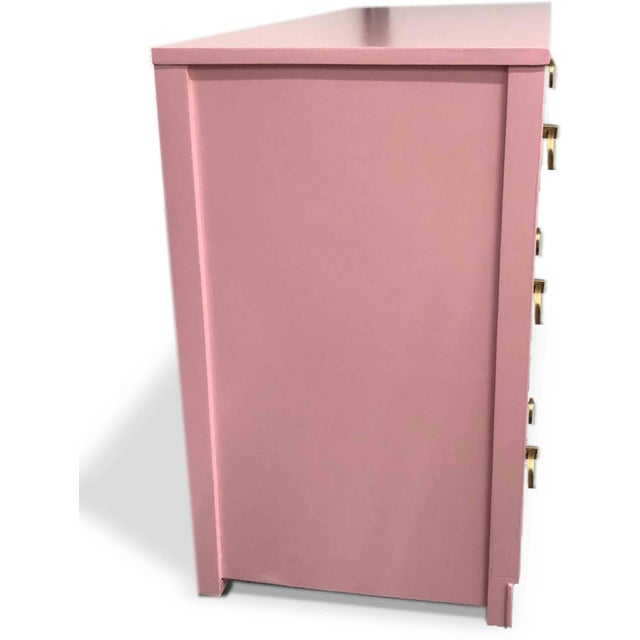 1960s Mid-Century Modern Pink Ring Pull Chest by Broyhill For Sale In Chicago - Image 6 of 10