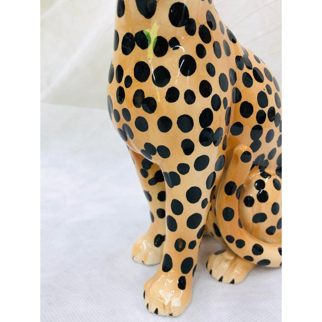 1970s beautifully done cheetah figure with great details. Unmarked.