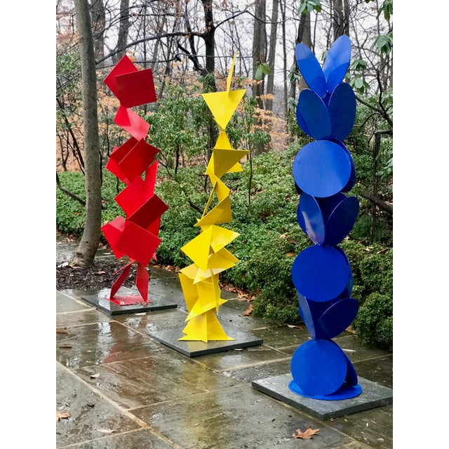 """Abstract Modern """"Trougao"""" Yellow Triangle Garden Sculpture For Sale - Image 4 of 6"""