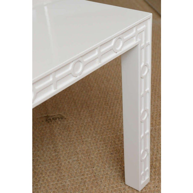Modern White Lacquered Graphic and Sculptural Side Tables - a Pair For Sale In Miami - Image 6 of 10
