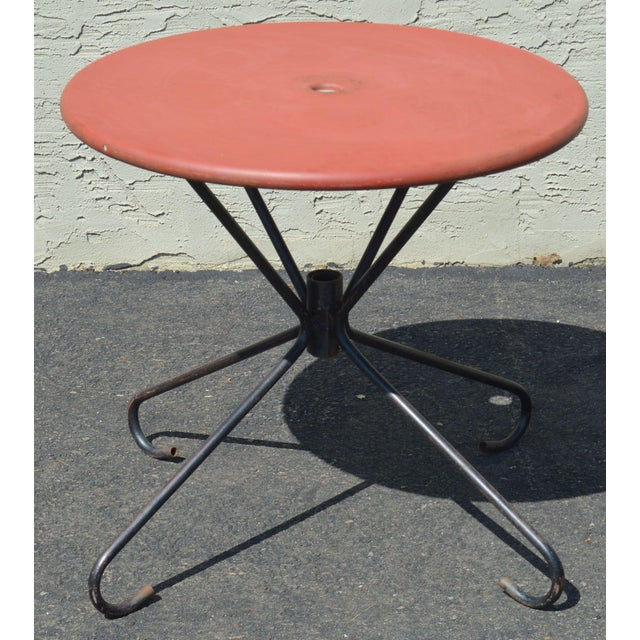 Metal Art Deco Style Vintage Clamshell Set 4 Metal Lawn Chairs and Table Patio Set For Sale - Image 7 of 13