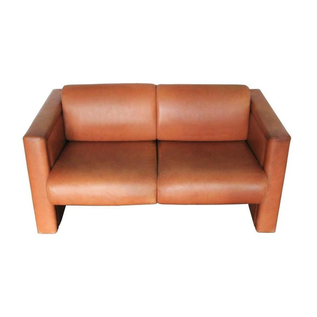Mid-Century Modern 1980s Trix & Robert Haussmann for Knoll Tan Brown Saddle 2-Seat Sofa For Sale - Image 3 of 8
