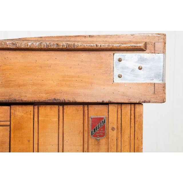 French Early 20th Century Art Deco Pine Butcher Block For Sale - Image 4 of 12