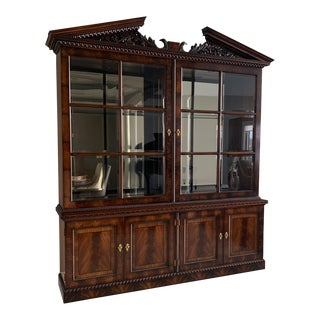 Traditional Henredon Mahagony Bookcase/China Cabinet For Sale