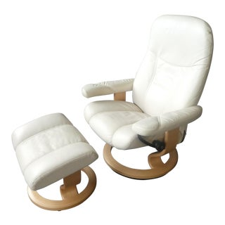 Norwegian Ekornes Stressless White Leather Chair and Ottoman For Sale