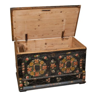 Pine Painted Dower Chest