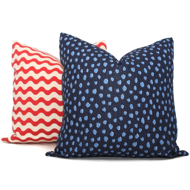 "20"" x 20"" Navy Fauna Spotted Pillow Cover For Sale - Image 4 of 4"