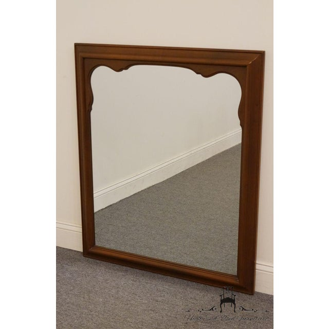 Traditional Late 20th Century Vintage Kindel Grand Rapids Dresser / Wall Mirror For Sale - Image 3 of 11