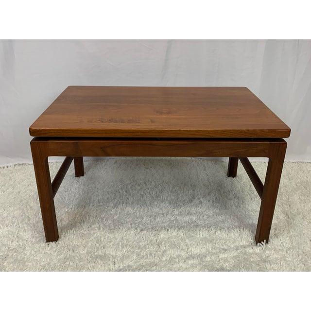 Brown Mid-Century Danish Modern Walnut End Tables by Gunlocke For Sale - Image 8 of 11