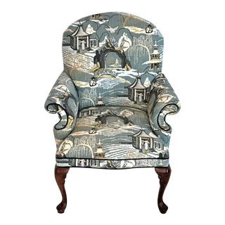 Mid Century Robert Allen Chinoiserie Toile Upholstered Queen Anne Armchair For Sale