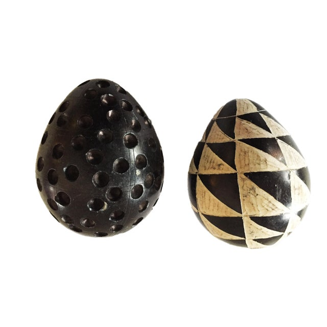 African Carved Black & White Soapstone Eggs S/2 For Sale - Image 4 of 5