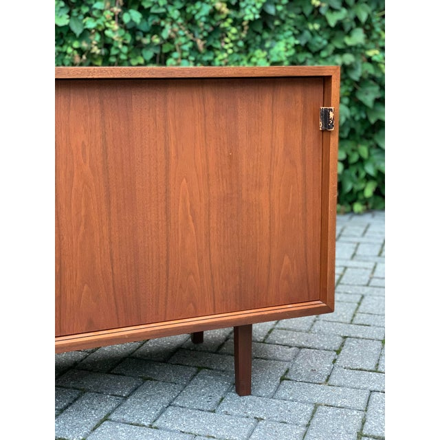 Mid-Century Modern Vintage Mid-Century Modern Florence Knoll for Knoll Associates Credenza For Sale - Image 3 of 5