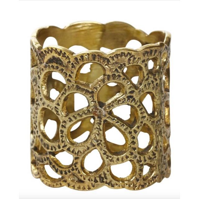 Oscar De La Renta Brass Gardenia Napkin Ring- A Pair - Image 8 of 8
