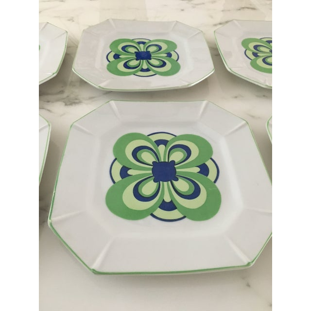 Vintage 1970s Blue and Green Retro Plates - Set of 8 For Sale In New York - Image 6 of 8