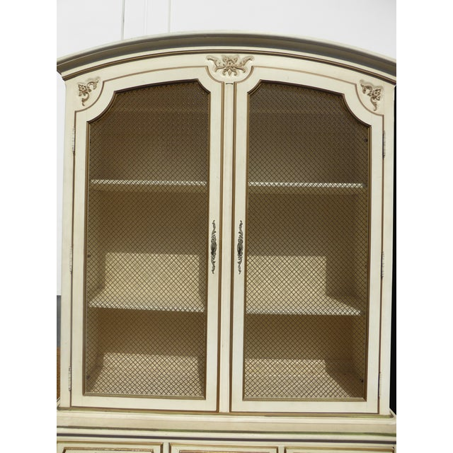 Thomasville French Country Carved Off-White Hutch - Image 7 of 11