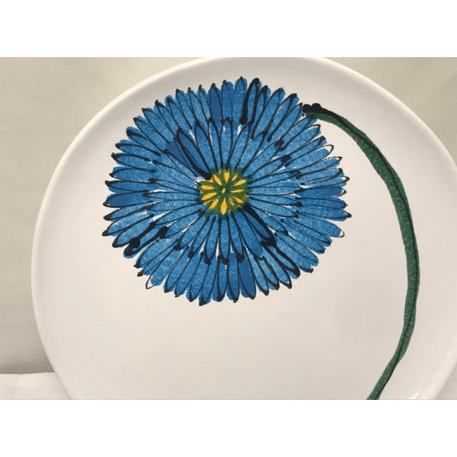 Contemporary 1980s Vietri Round Blue Flower Platter For Sale - Image 3 of 6