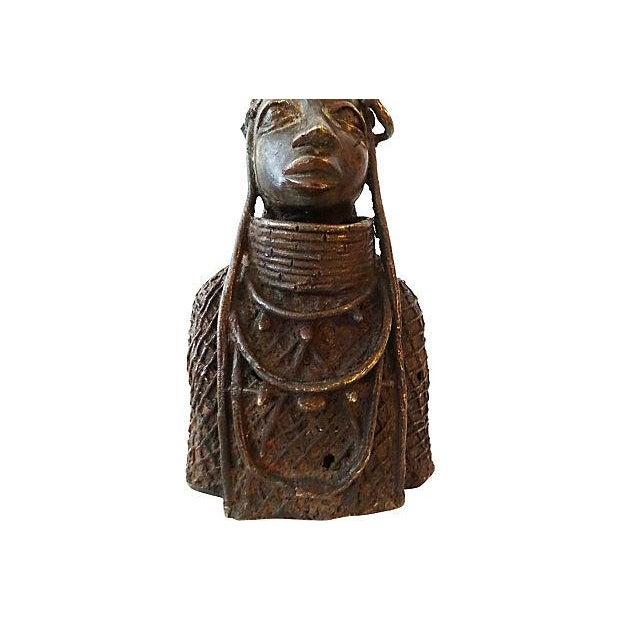 Oba Nigeria Benin Bronze Figure For Sale In New York - Image 6 of 7