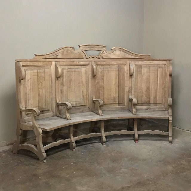 18th Century Rounded Foyer ~ Bay Bench For Sale - Image 10 of 10