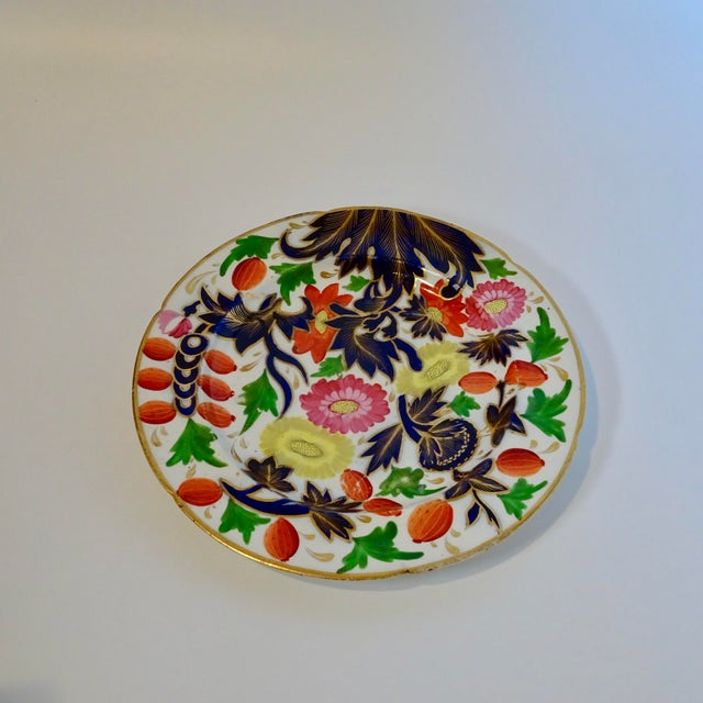 19th Century Porcelain Plate With Decorative Floral Design For Sale - Image 10 of 10