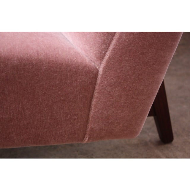 Wood Jens Risom Floating Three-Seat Armless Sofa in Walnut and Mohair For Sale - Image 7 of 13
