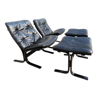 "1960s Vintage Black Westnofa Leather ""Siesta"" Lounge Chairs & Ottomans - a Pair For Sale"