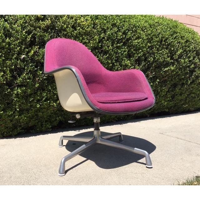 Eames Ec-178 Swivel Tilt Chair - Image 3 of 6