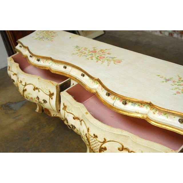 Monumental Venetian Painted and Parcel Gilt Bombe Chest - Image 4 of 10