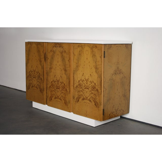 Milo Baughman Burl Wood 2-Tone Credenza Buffet For Sale In Orlando - Image 6 of 11