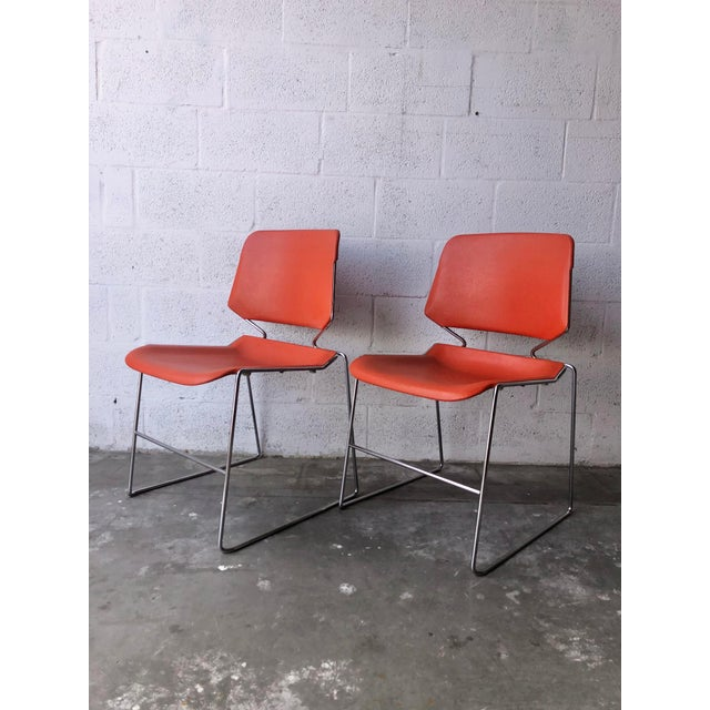 Set of two stackable mid-century Krueger Matrix chair manufactured in the 1970s. Feature a clean and minimalistic design,...