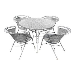 Mid Century Modern Woodard Round Outdoor Dining Set For Sale