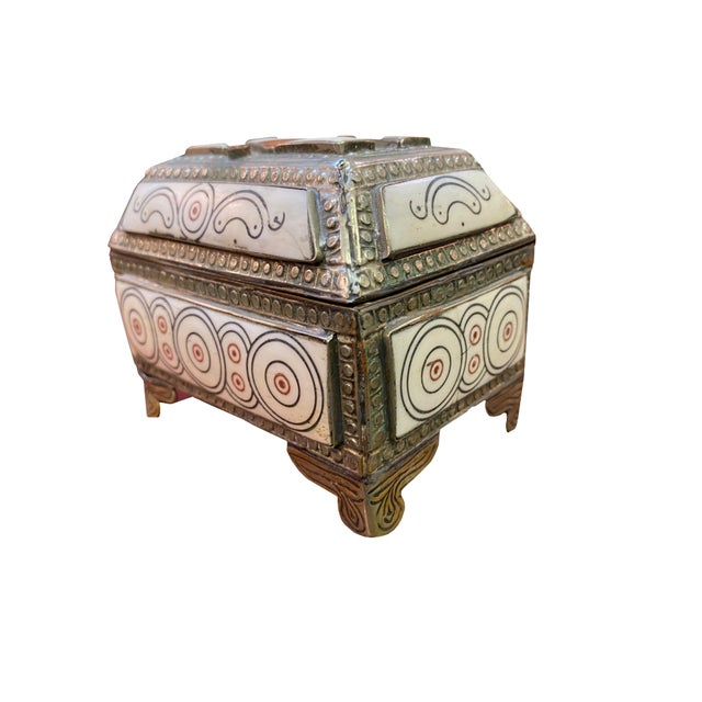 Moroccan 1960s Moroccan Inlaid Box For Sale - Image 3 of 6