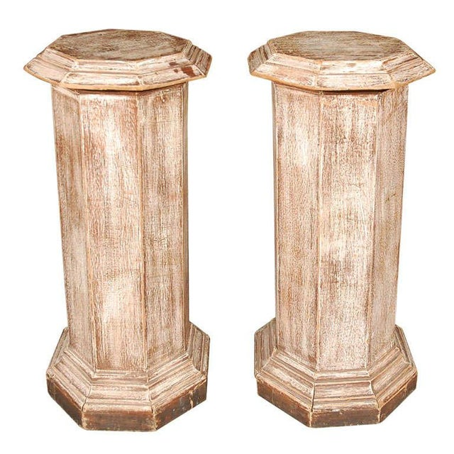 Brown Pair of Octagonal Beveled Top Columnar Plinths From 19th Century England For Sale - Image 8 of 8