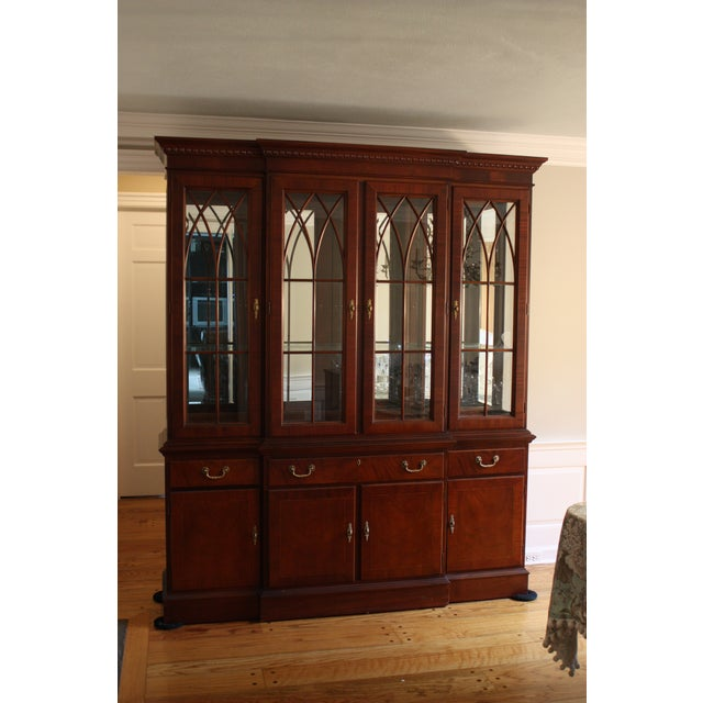 Ethan Allen 18th Century Mahogany China Cabinet - Image 3 of 3