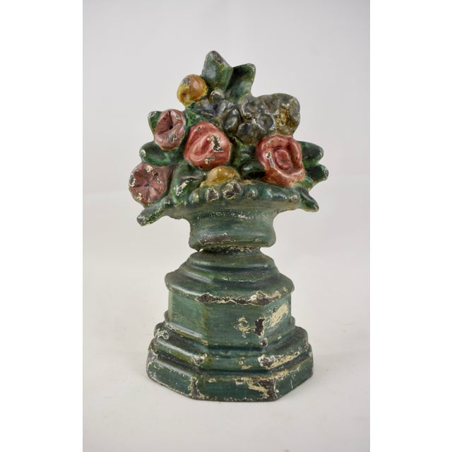 Hubley 1930s Cast Iron Petite Floral Green Urn Doorstop For Sale - Image 10 of 10