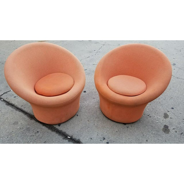 Textile 1960s Vintage Pierre Paulin for Artifort Mushroom Lounge Chairs - A Pair For Sale - Image 7 of 7