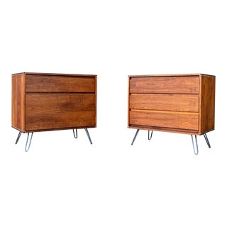 1960s Mid-Century Modern Barzilay Nightstands on Hairpin Legs - a Pair For Sale