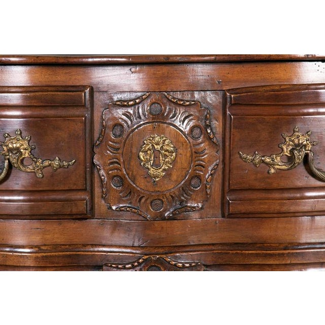 Early 18th Century 18th Century Regency Period Lyonnaise Commode Galbée For Sale - Image 5 of 10