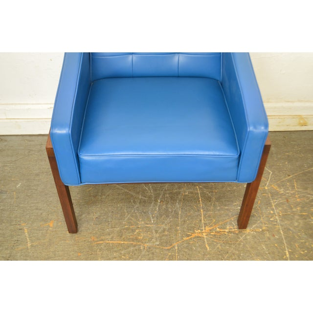 Mid Century Modern Pair of Walnut Frame Orange & Blue Lounge Chairs For Sale - Image 10 of 13