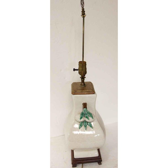 Traditional 1990s Floral Ceramic & Wood Table Lamp For Sale - Image 3 of 10