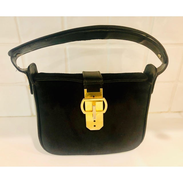 Mid-Century Modern 1980s Saks Fifth Avenue Suede and Leather Shoulder Bag For Sale - Image 3 of 13