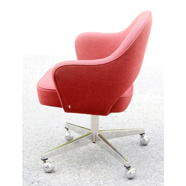 Saarinen Red Executive Office Desk Chair - Image 6 of 10