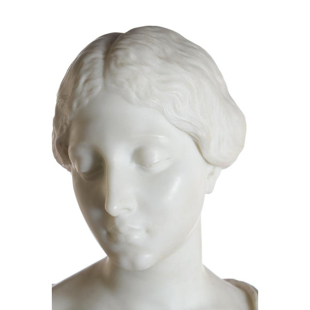 Antique Italian Marble Bust of a Female For Sale - Image 4 of 11